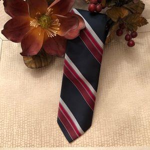 """Navy/Red- trendy 3"""" never worn men's tie"""